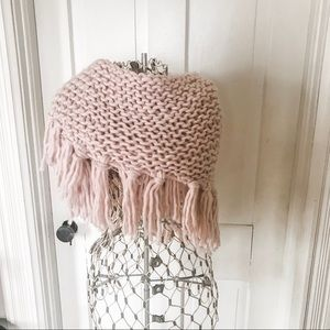 NWT! Blush Pink Chunky Knit Scarf With Tassels